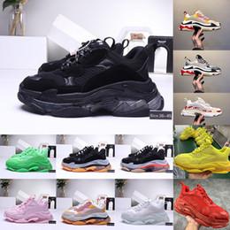 2019 sapatos de borracha para mulheres china 2020 moda calçados casuais 17FW Triple-S Dad Calçados para o designer Homens Mulheres Preto Vintage Sports Triple S Shoes Limpar Sole Clunky Sneaker