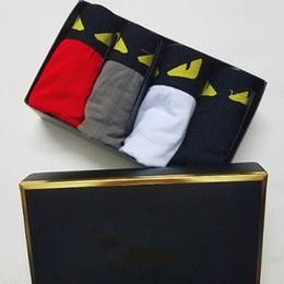2019 biancheria intima bianca Designer Mens Underwears I pugili di Shiping maschio modo di marca di stile di Closed Boxer traspirante mutande 4 colori
