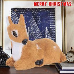 Peluche Natale Renna di Natale Xmas Elk Mini Lying Cervo Decorazioni per la casa Desktop Ornamenti di Prato Capodanno Statuetta Statuina cheap mini christmas figurines da mini figurine di natale fornitori
