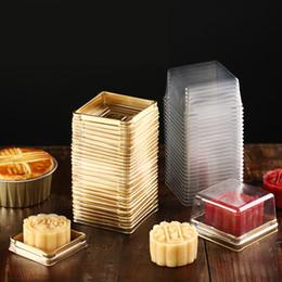 envase de la caja de pastel de la magdalena Rebajas 50 sets = 100 unids Mini Tamaño Negro Dorado Inferior de plástico Cupcake Cake Dome Container Cajas del favor de la boda Cupcake Boxes Supplies