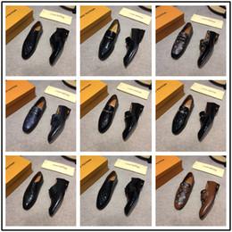 2019 novos homens estilo formal vestido Novo Design Homens Se Vestem Sapatos de Couro de Vaca Genuína Estilo Britânico Sapatos Casuais de Negócios Masculino Casamento Formal Oxfords Sapatos desconto novos homens estilo formal vestido