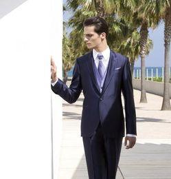 2019 smokings bleu marine brillants Tuxedos Groom New Style Shiny Navy Blue Groomsmen Notch Lapel Meilleur Costume Homme Mariage / Costumes Hommes Époux (veste + Pantalon + Gilet + Cravate) A263 smokings bleu marine brillants pas cher