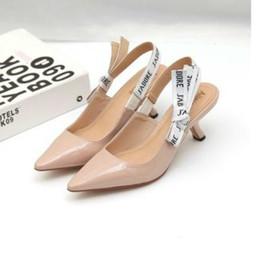 chaussures casual en cuir pur Promotion 2019 Talons hauts dames talon Chaussures Femmes bout pointu bas talon Chaussures femme Sandales femme Mesh Chaussures plates