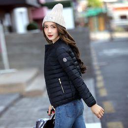 casacos femininos europa Desconto 2018 europa e américa moda jaqueta curta mulheres outono e inverno fina luz casaco de algodão feminino de enchimento plus size 3xl casacos