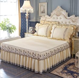 Вышивка свадебной подушки онлайн-Beige Lace Embroidery Bedspread Bed sheet Pillow cases Princess Wedding Bedding Bed Skirt Fitted Sheet Solid Color Home Textile