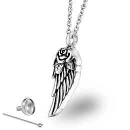 Canada Trendy Mini Pet Urn Stainless Steel Angel Wings Cremation Urn pendant for Ashes Perfume Bottle Men Women Offre