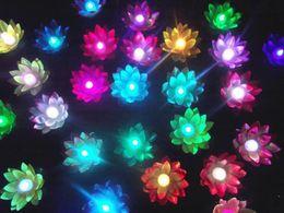 Lanterna volante 100 PZ che desiderano lanterne Giardino galleggiante cinese Acqua / Stagno Lampada fiore di loto artificiale Wishing Christmas Party Lamp