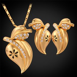 Rhinestones De Durazno Baratos-Rhinestone Vivid Peach Pendant Necklace Stud Earrings para mujer 18K Oro genuino plateado Cute Fashion Jewelry Set