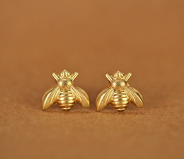 wholesale bee earrings Canada - 10Pair Gold Silver Honey Bee Earrings Tiny Honeybee Stud Earrings Woodland Insect fly bird honey Bumble Bee Stud Earrings