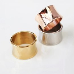 Discount south indian gold finger ring designs - latest finger ring designs ring titanium steel Jewelry 18K rose Gold plated Women's jewelry Men Women couple rings
