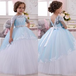 Anniversaire Belle Balle Pas Cher-Belle 2016 Wedding Party moitié manches robe de bal filles de fleur robes Applique Tulle Jewel Neck Backless Sash Noël anniversaire Pageant