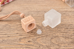 $enCountryForm.capitalKeyWord Canada - Best Selling Clear Hanging Car Essential Oil Perfume Diffuser Fragrance Bottles Hanging Decoration For Air Freshener With Tip And Wooden Cap