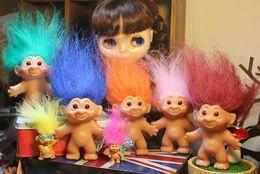 Venta al por mayor de 7 cm Antique Troll doll super lindo para la colección y la figura de juguete de decoración Adultos Niños Toy Gifts