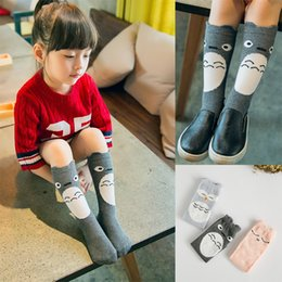 Chaussettes À Genou Pour Garçons Pas Cher-2015 Automne Nouveaux chaussettes en coton pour bébés Cartoon Bébés garçons Filles Penguin Panda Pig Cats Lovely Short Sock Kids Antiskid Knee Stocking A4730