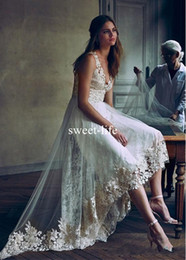 Discount v neck asymmetrical wedding dress Sexy High Low 2020 Tulle Lace V Neck A Line Asymmetrical Wedding Dresses Vintage Bride Dress Bridal Gown