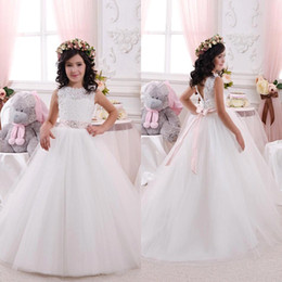 Discount lovely cheap wedding dresses - New Arrival 2016 Cheap Lovely White Flower Girls Dresses Lace Tulle Ball Gown Beaded Sash Girls Birthday Party Comunnion