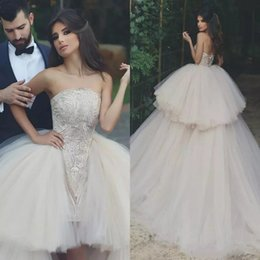 Discount detachable high low wedding dresses - Sexy A Line Wedding Dress Strapless Arabia Dubai With Detachable Tiered Tulle Lace Appliques Bridal Gowns Lace Up High L