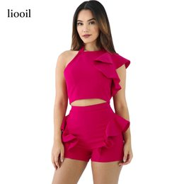 Barato Macacões Brancos De Verão-Liooil Sexy Ruffles Patchwork Two Piece Summer Jumpsuit One Shoulder Halter Backless Bodycon Mulheres Romper Red White Playsuit q171118