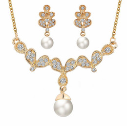 $enCountryForm.capitalKeyWord Canada - Bride Jewelry Sets For Women Pearl Necklace Earrings Sets 18KGP Flower Women Fashion Jewelry Set 42C50