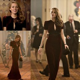 Dress Sleevs Canada - Chic Burgundy Velvet Blake Lively Red Carpet Celebrity Dresses Jewel Neck Sexy Plunging Cutaway Sides Sheath Evening Gowns with Short Sleevs