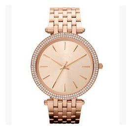Vente en gros Ultra mince rose or femme diamants fleur montres 2017 marque luxe infirmière dames robes femelle pliage boucle montre-bracelet cadeaux pour les filles