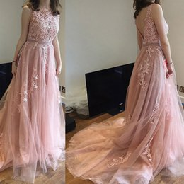Barato Azul Real Mais Rosa-Gorgeous Blush Pink Plus Size Prom Vestido Bateau Neck Sleeveless Sexy Backless Lace Appliques Tulle Long Vestidos de festa formal com faixa
