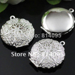 Photo Box Pendant Canada - Free Shipping wholesale 27mm Silver Plated Copper Material Hollow Round Photo Memory Filigree Lockets pendant jewelry box