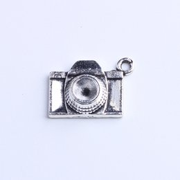 imitation cameras Canada - Retro Charm Silver Copper Camera pendant Manufacture DIY jewelry pendant fit Necklace or Bracelets 250pcs lot 833w
