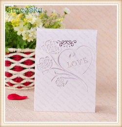 Discount card blank glossy - 50PCS Free shipping Laser Cut Paper Heart Love Design Hollow Out Wedding Birthday X'mas Party Paper Invitation Card