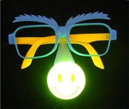 $enCountryForm.capitalKeyWord Canada - 30pcs Lot Novelty Luminous Masquerade Mask Party Flash Toys Child Clown Funny LED party Glasses halloween photo booth props