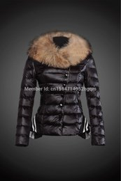Barato Casaco Colar De Babados-2017 New Winter Jacket Coat Mulheres Down Jacket Large Fur Collar Warm Female Short Thick Down Coat de qualidade superior Ruffles Lady Down Parkas