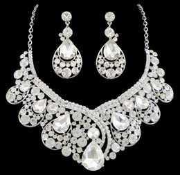 $enCountryForm.capitalKeyWord Canada - New Stone Bride Wedding Jewelry sets Earrings Necklaces Waterdrop Crystal Women Dresses Accessories Set(Earring+Sautoir) for Party 1pcs