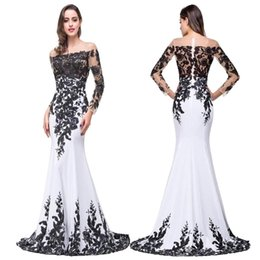 simple silk long prom dresses 2019 - 100% Real Photo New Black White Formal Evening Dresses Sheer Jewel Neck Long Sleeves Lace Appliqued Prom Party Gowns Dre