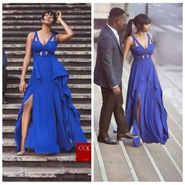 Barato Alto Necked Senhoras Vestidos-2018 V-Neck Royal Blue Prom Vestido Chiffon Plissado Sweet Train Alto Split Senhoras Long Sleeves Sexy Europeu Moda Vestidos De Soiree Longo
