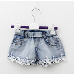 Barato Venda Jeans Shorts Denim-Summer Children Denim Shorts Coreano Girl Lace Shorts Jeans Kid Calças quentes 100-140 Tamanho 5pcs / lot Venda de fábrica Vestuário infantil A4905