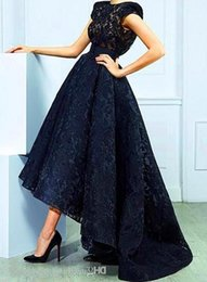 Robe Noire Sans Manches En Dentelle Pas Cher-Mode Lace Black High Low Robes de bal Sans manches Illusion Sexy Party Robes 2016 Printemps Custom Made Prom Robes