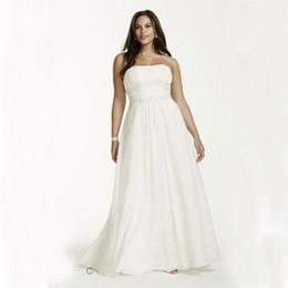 Plus Size en mousseline de soie Empire robes de mariée Style simple balayage train plis perles sans bretelles A-ligne de plage robes de mariée robe de mariage W710