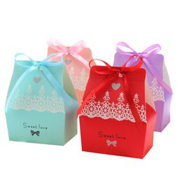 $enCountryForm.capitalKeyWord Canada - 100pcs Sweet Love Candy Boxes With Ribbon Gift Box Wedding Favours 4 Colors for Choose New