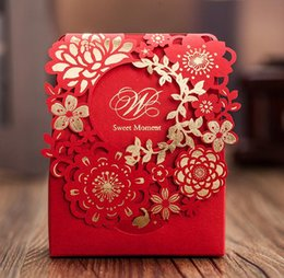 Bonbon De Mariage De Style Européen Pas Cher-100pcs style européen boîte de mariage rouge boucle Candy Boxs 2016 nouveau Hollow out fleur Laser Cut Wedding Candy Gift Box TH153