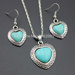 Edging Earrings Canada - Retro Style Tibet Great Wall Carved Edge Heart-shaped Turquoise Jewelry Sets Women's Natural Stone Charm Necklace Earrings Gift MN402