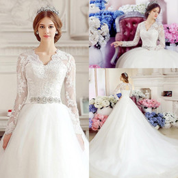 Barato Mangas De Vestidos Longos De Renda Formal Vintage-Elegant Long Sleeves 2017 A Line Wedding Dresses Lace Appliques V neck Vestido de casamento formal Beading Belt Lace-up Voltar vestido de noiva BA1047