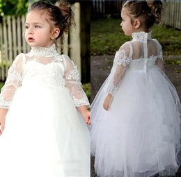 Discount vintage flower girl dresses for toddlers - Vintage White Lace Flower Girl Dresses for Weddings High Neck Long Sleeves Baby First Communion Gowns Tulle Floor Length