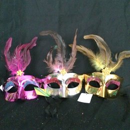 Discount celebrity party decorations - 2016 new fashion Women Spray paint crystal feather mask venetian party decoration carnival mardi gras bar prop wedding g