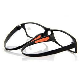 d8fb96aca9 Negro Suave TR90 Gafas de Lectura de Resina Marco Flexible Unisex Gafas de  Lectura Para Mujeres y Hombres Dioptrías + 1.0-4.0 20 Unids / lote Envío  Gratis