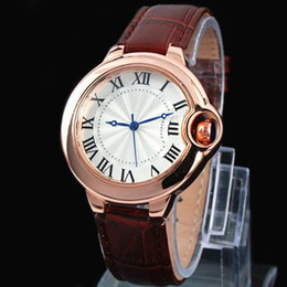 Round clock men online shopping - 2017 Fashion Top Famous Brand Man watch genuine leather wristwatch Women Dress Watch Quartz Clock Steel lovers watch free ship hign quality