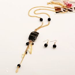 Red Tassel Bracelet Canada - Best gift for girlfriend gold color leaf pendanct necklace black or red interchangeable tassel pendant necklace and earrings set