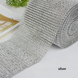 "wholesale diamond mesh roll UK - 10yard roll 4.75"" 24 Rows manmade Diamond Mesh yards wrap Rhinestone Ribbon Crystal trim Wrap sparkle bling ribbon Wedding Decoration"