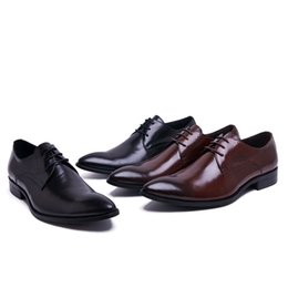 Fashion Trends Lace Dress Australia - Men's breathable business shoes, the British banquet shoes, lace-up wedding shoes, high-end fashion trend shoes men, large size dress shoes