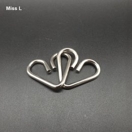 Funny Adult Gadgets Canada - Funny Heart Ring Wire Puzzle Gift Toys Adult Mind Game Intelligence Gadget Gift Kid Child Teaching Prop Toy