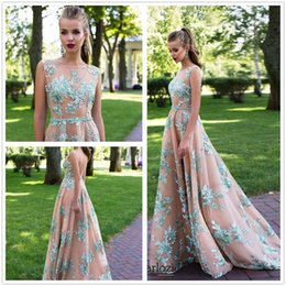 Barato Faixa Floral Vintage-2017 Beautiful Lace 3D Flora Appliques Prom Dresses A Line Sheer Jewel Neck Sexy Backless Andar Comprimento Junior Red Carpet Evening Gowns